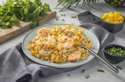 Thai-Fried-Rice-with-Pineapple-and-Shrimp