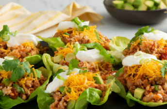 Chili Rice Lettuce Cups with cheese