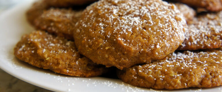 No-Bake Peanut Butter Quinoa Cookies