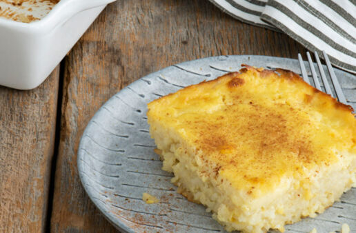 Old Fashioned Baked Rice Pudding with White Rice