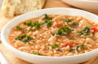 Kale, Bean and Brown Rice Soup