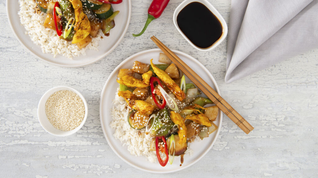 chicken-stir-fry-with-zucchini-and-white-rice