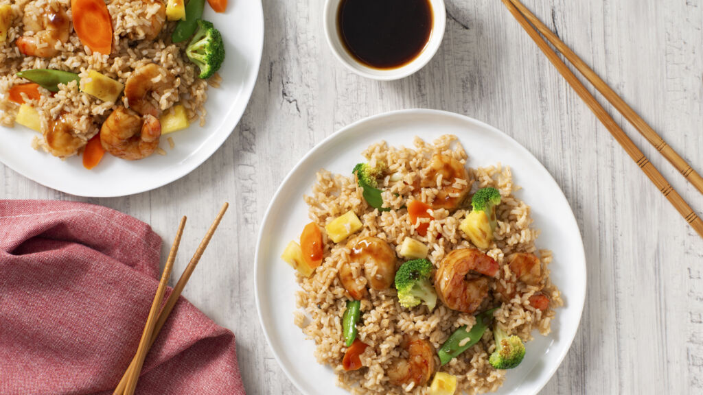 shrimp-stir-fry-with-pineapple-vegetables-and-brown-rice
