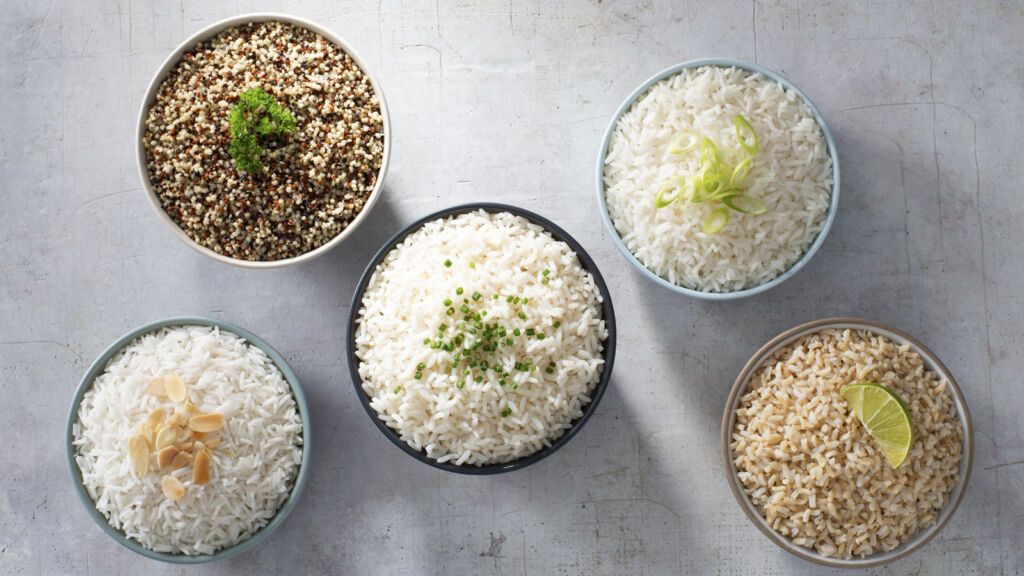 spread-with-all-rice-varietie-and-quinoa