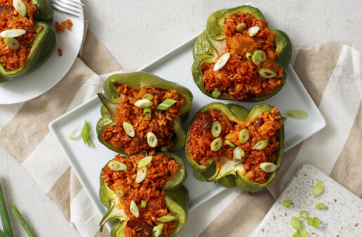 Jambalaya-stuffed-peppers-with-chicken-and-brown-rice