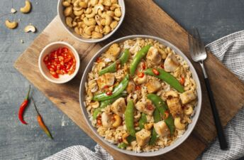 Chicken-Fried-Rice-with-Jasmine-Rice-Cashews-Chili-Peppers-and-snap-peas
