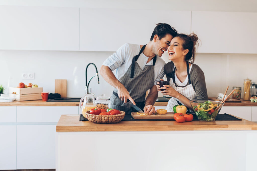 couple-cooking-in-the-kitchen