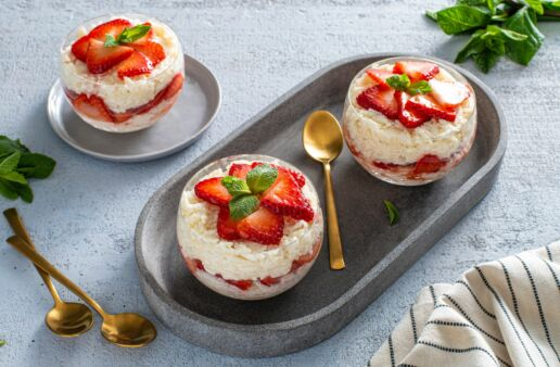 strawberry-shortcake-rice-pudding-parfaits-with-basmati-rice
