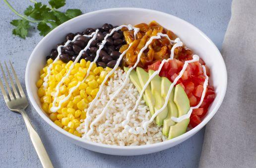 burrito-bowl-with-avocado-corn-tomaroes-black-beans-and-jackfruit